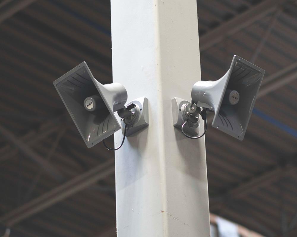 8196 Horn Speakers